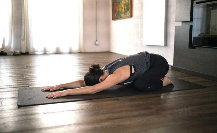 آموزش حرکتهای یوگا